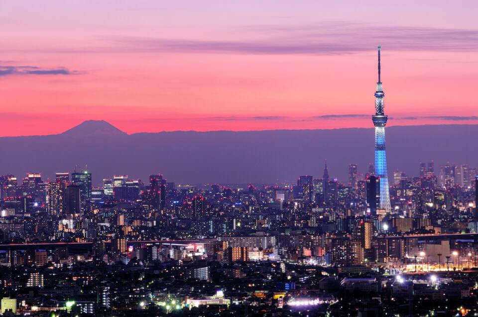 TOKYO_comp_shutterstock_189645164-WS